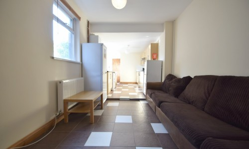 Student House Share - Glenroy Street - Cardiff Letting Agents