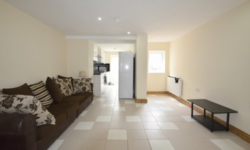 Student house share - Arabella Street - Cardiff Letting Agents