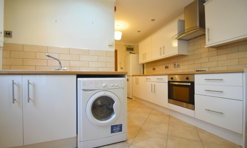Claude Road Flat 2 - Cardiff Letting Agents