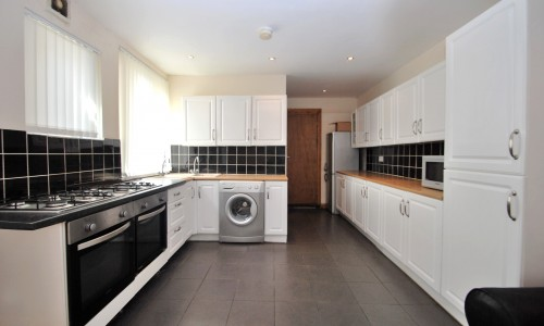Student house share - Harriet Street - Cardiff Letting Agents